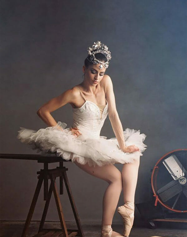 Homepage-SwanLake_mobile_tall